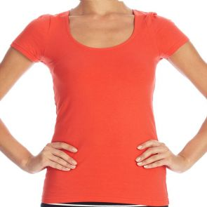 Betty Basics Britney Scoop Tee Coral BB207